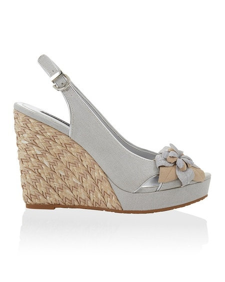 Neutral Silver Straw Flower Wedge