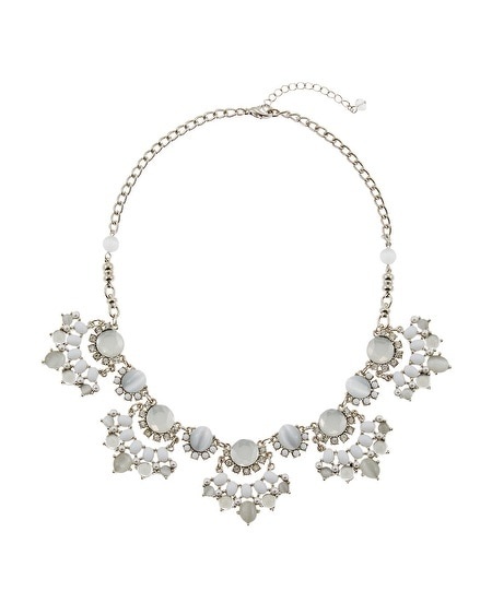 White Fan Short Necklace