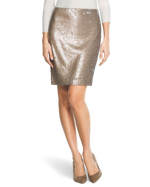 Classic and stylish, pencil skirts are a great choice for your professional fall.