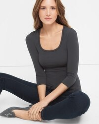 Three-Quarter Sleeve Seamless Tee