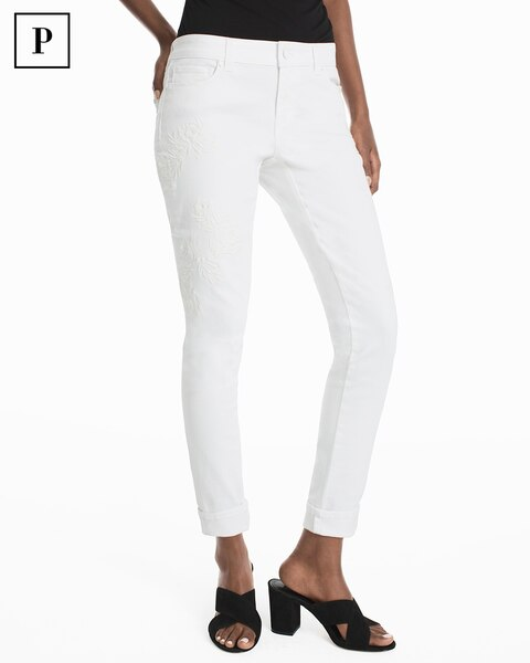 Sears has petite jeans in many styles and washes. Enjoy the flattering fit of a new pair of jeans for petite women.