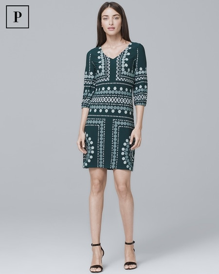 Petite V-Neck Geo-Detail Knit Shift Dress